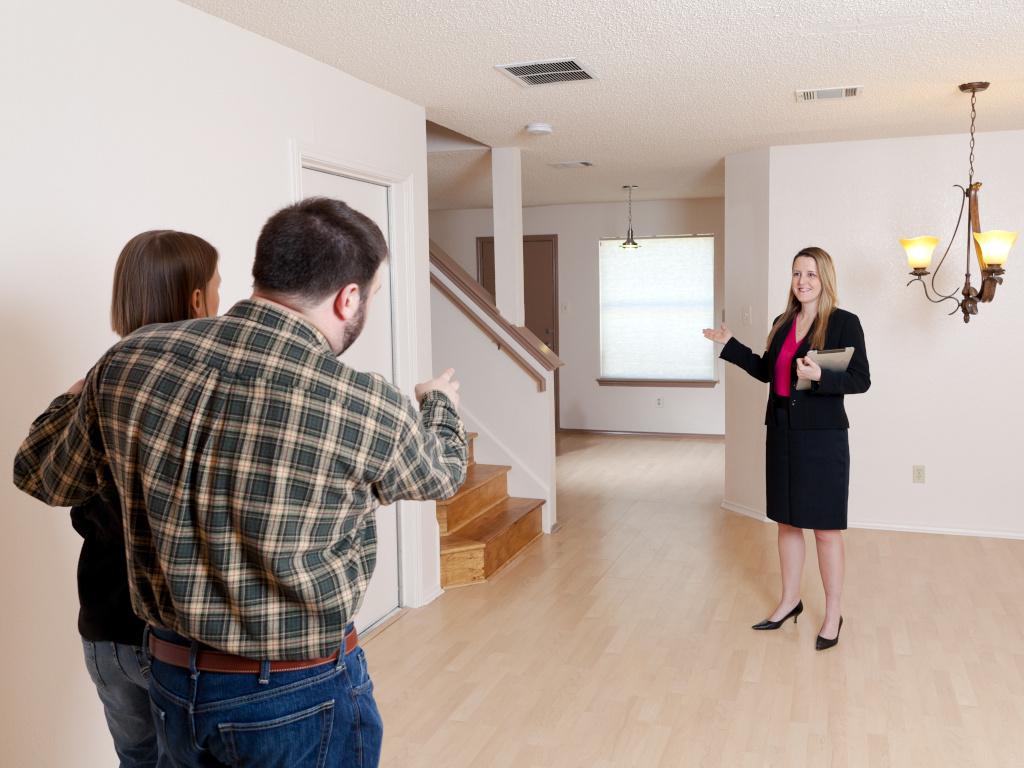 Частные объявления о продаже квартир — на что обратить внимание?