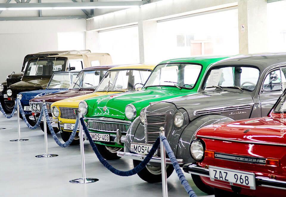 Развалился старый автомобильный бизнес